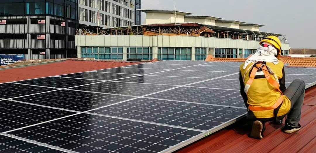 Head-Office—Solar-Panel-1